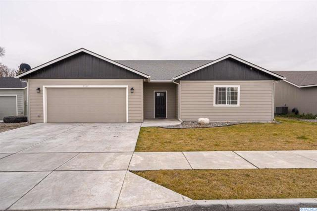 5745 West Entiat, Kennewick, WA 99336 (MLS #234615) :: Community Real Estate Group