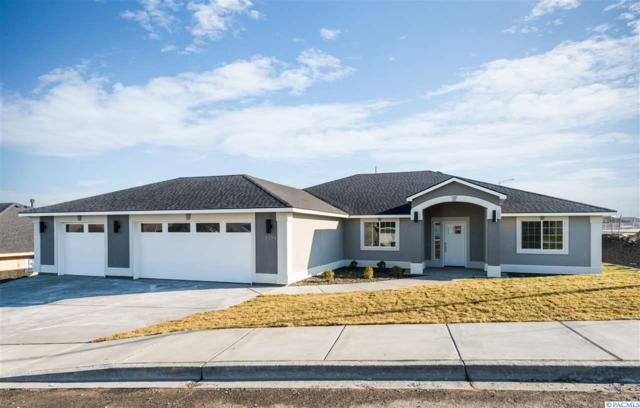 3791 S Nelson, Kennewick, WA 99338 (MLS #234645) :: Dallas Green Team