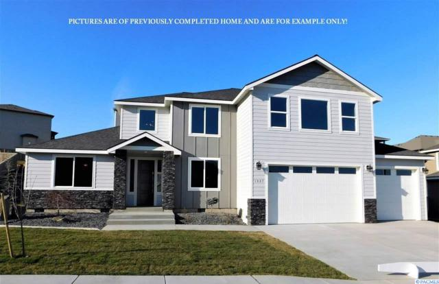 1043 Chinook Drive, Richland, WA 99352 (MLS #234820) :: Community Real Estate Group