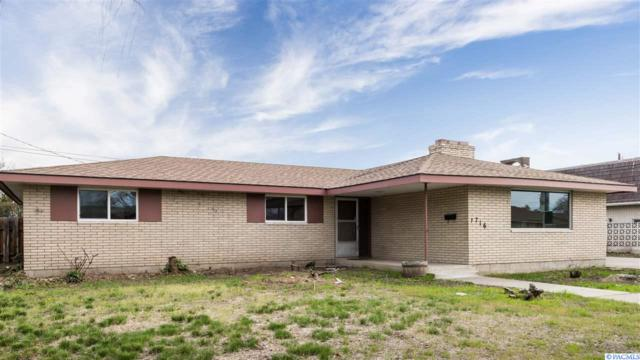 1716 W Octave St, Pasco, WA 99301 (MLS #235807) :: Community Real Estate Group
