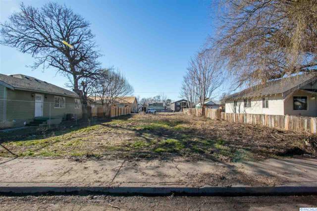 1205 Roosevelt Ct, Sunnyside, WA 98944 (MLS #235890) :: Premier Solutions Realty
