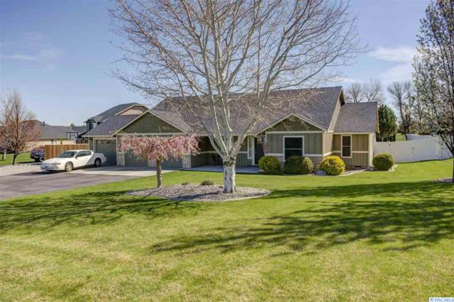 5900 W Lattin Loop, West Richland, WA 99353 (MLS #236519) :: Dallas Green Team