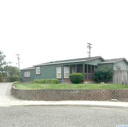 2607 S Buntin Loop, Kennewick, WA 99337 (MLS #238299) :: Community Real Estate Group