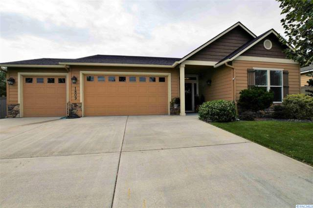 1809 S Irving Place, Kennewick, WA 99338 (MLS #239007) :: Community Real Estate Group
