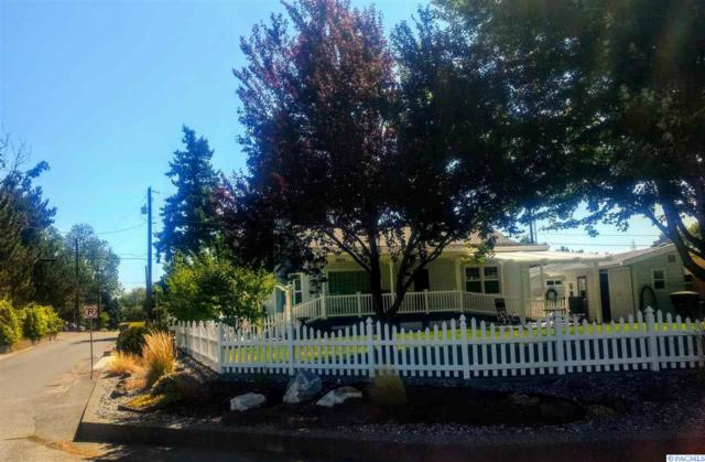 1424 Hunt Ave, Richland, WA 99354 (MLS #239385) :: The Lalka Group