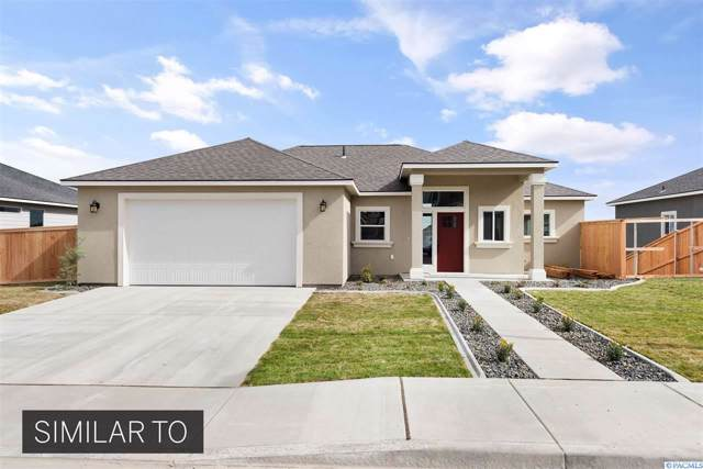 4363 S Anderson Pl, Kennewick, WA 99337 (MLS #240517) :: The Lalka Group