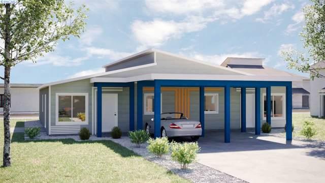 517 S Cedar Avenue, Pasco, WA 99301 (MLS #242171) :: Community Real Estate Group