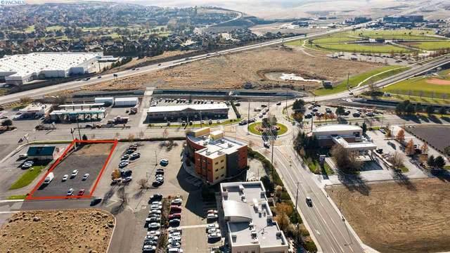 4305 W 27th Pl, Kennewick, WA 99336 (MLS #243645) :: Cramer Real Estate Group