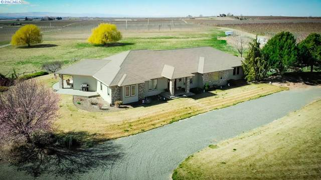29034 Hinzerling Rd, Prosser, WA 99350 (MLS #244395) :: The Phipps Team