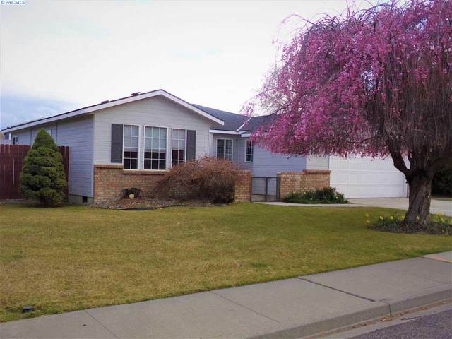 2303 W 29th Ave, Kennewick, WA 99337 (MLS #244563) :: Community Real Estate Group