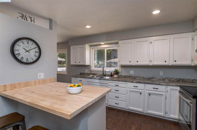 215 Velma Ave, Grandview, WA 98930 (MLS #247695) :: Community Real Estate Group