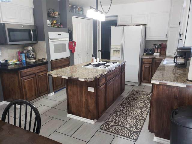 1428 Bryden Avenue, Lewiston, ID 83501 (MLS #247878) :: Tri-Cities Life