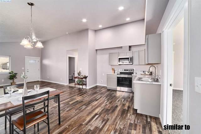 616 E 4th, Grandview, WA 98930 (MLS #248544) :: Community Real Estate Group