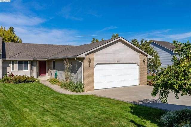 317 W Canyon Lakes Dr., Kennewick, WA 99337 (MLS #249076) :: The Phipps Team