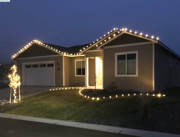 623 Vineyard Street, Prosser, WA 99350 (MLS #249189) :: Tri-Cities Life