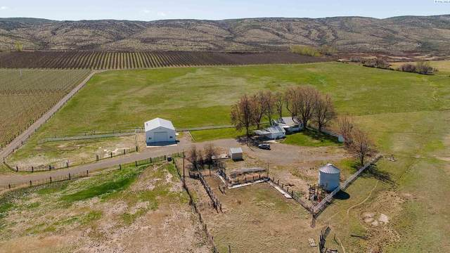 13171 S Ahtanum Rd, Yakima, WA 98903 (MLS #252893) :: Results Realty Group