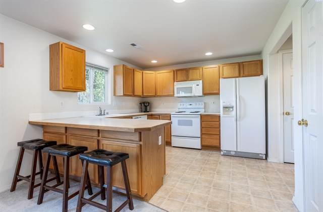 5731 Oleander St, West Richland, WA 99353 (MLS #256256) :: Shane Family Realty