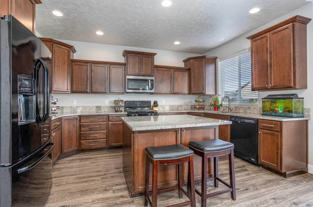 5974 Juneberry Drive, West Richland, WA 99353 (MLS #256586) :: Premier Solutions Realty