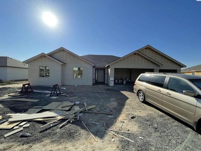 6013 W 32nd Ave, Kennewick, WA 99338 (MLS #257325) :: Columbia Basin Home Group