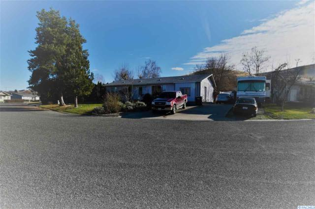 101 Walker Pl, Prosser, WA 99350 (MLS #226950) :: The Lalka Group