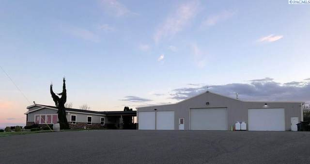 168085 S State Route 221, Paterson, WA 99345 (MLS #241837) :: The Phipps Team