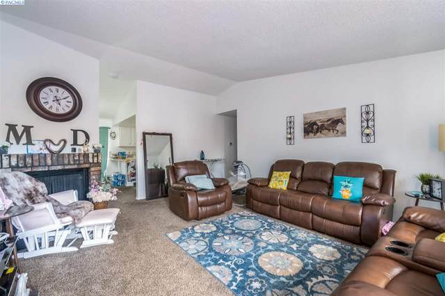 1008 - 1010 Princeville St, Grandview, WA 98930 (MLS #245030) :: Tri-Cities Life