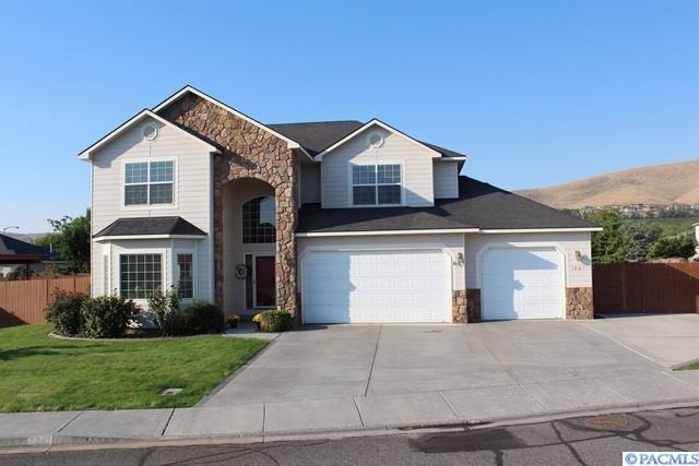 1247 Cameo Dr., Richland, WA 99352 (MLS #226743) :: Premier Solutions Realty