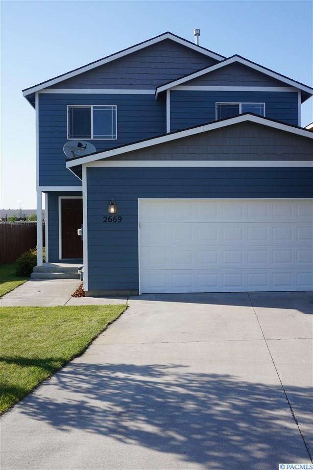 2669 Jason Loop, Richland, WA 99352 (MLS #231243) :: Premier Solutions Realty