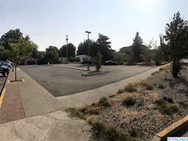 NKA W Albany Ave, Kennewick, WA 99336 (MLS #231735) :: The Lalka Group