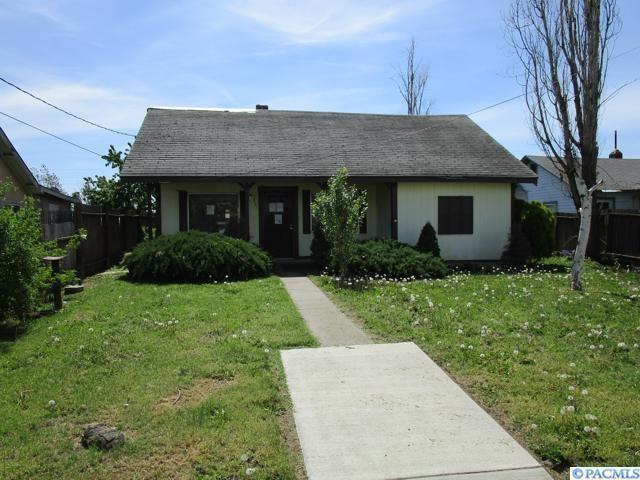 531 Edith Ave, Walla Walla, WA 99362 (MLS #234737) :: Premier Solutions Realty