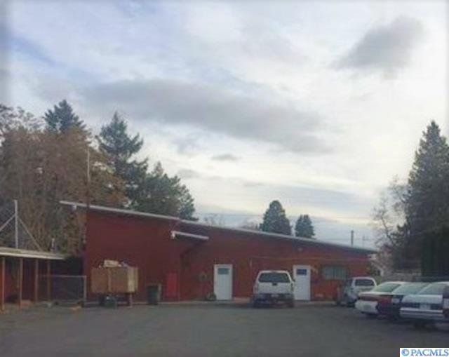 203 F Ave, Grandview, WA 98930 (MLS #237174) :: Premier Solutions Realty