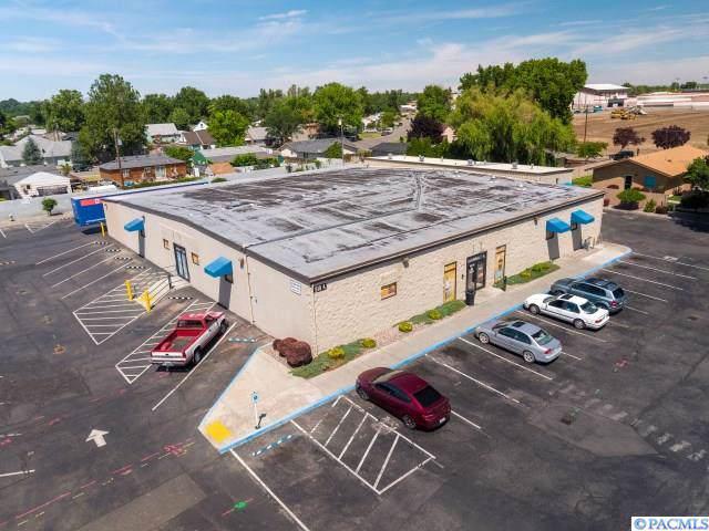 810 S Dayton Street, Kennewick, WA 99336 (MLS #240713) :: The Lalka Group