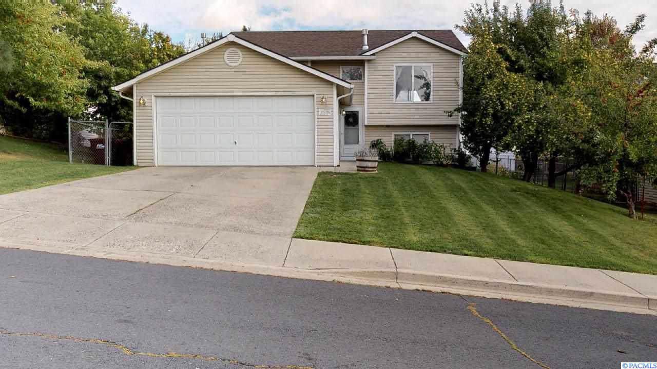 1520 Arcadia Drive - Photo 1