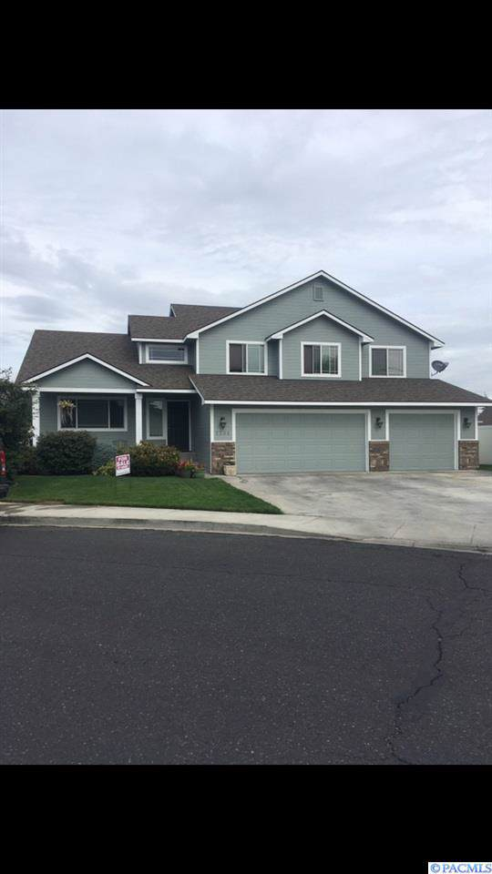 7301 W Washington Ave, Yakima, WA 98908 (MLS #241278) :: Community Real Estate Group