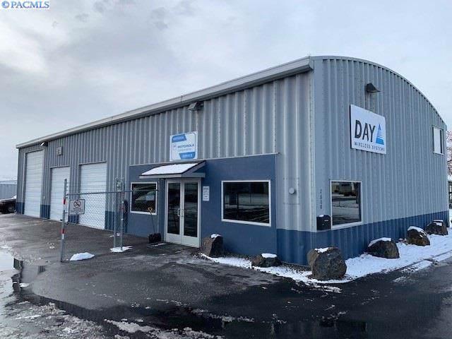 2608 W Slyvester Street, Pasco, WA 99301 (MLS #243064) :: Premier Solutions Realty