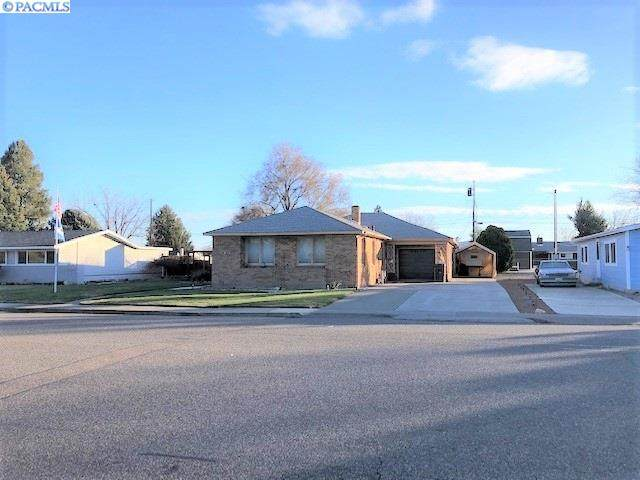 2409 W Clearwater Ave., Kennewick, WA 99336 (MLS #243374) :: Community Real Estate Group
