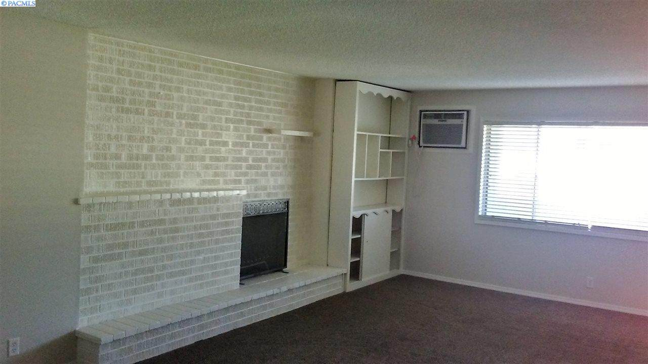 1309 Goethals Dr. Apt G - Photo 1