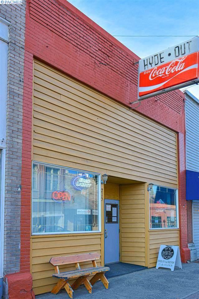 215 N Main Street, Colfax, WA 99111 (MLS #244275) :: Beasley Realty