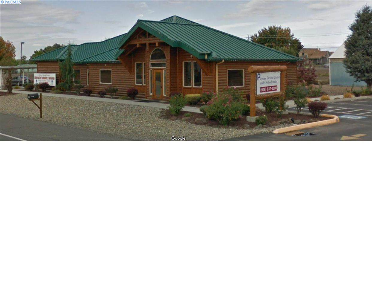 110 Yakima Valley Hwy - Photo 1