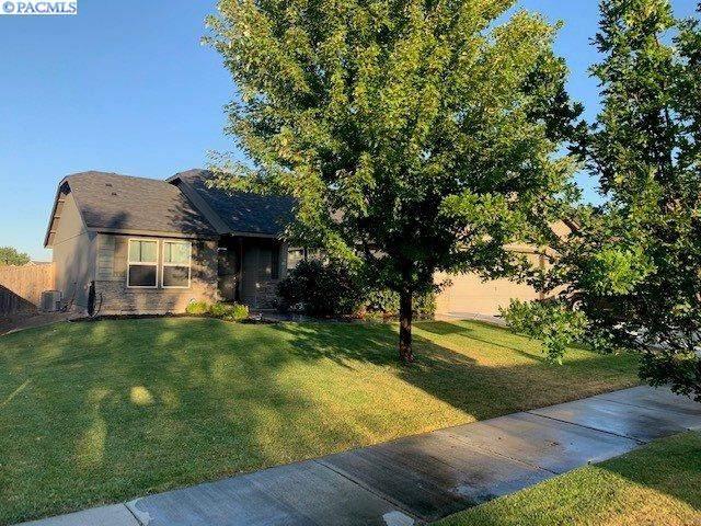 171 S Osborne St, Kennewick, WA 99336 (MLS #247628) :: Tri-Cities Life