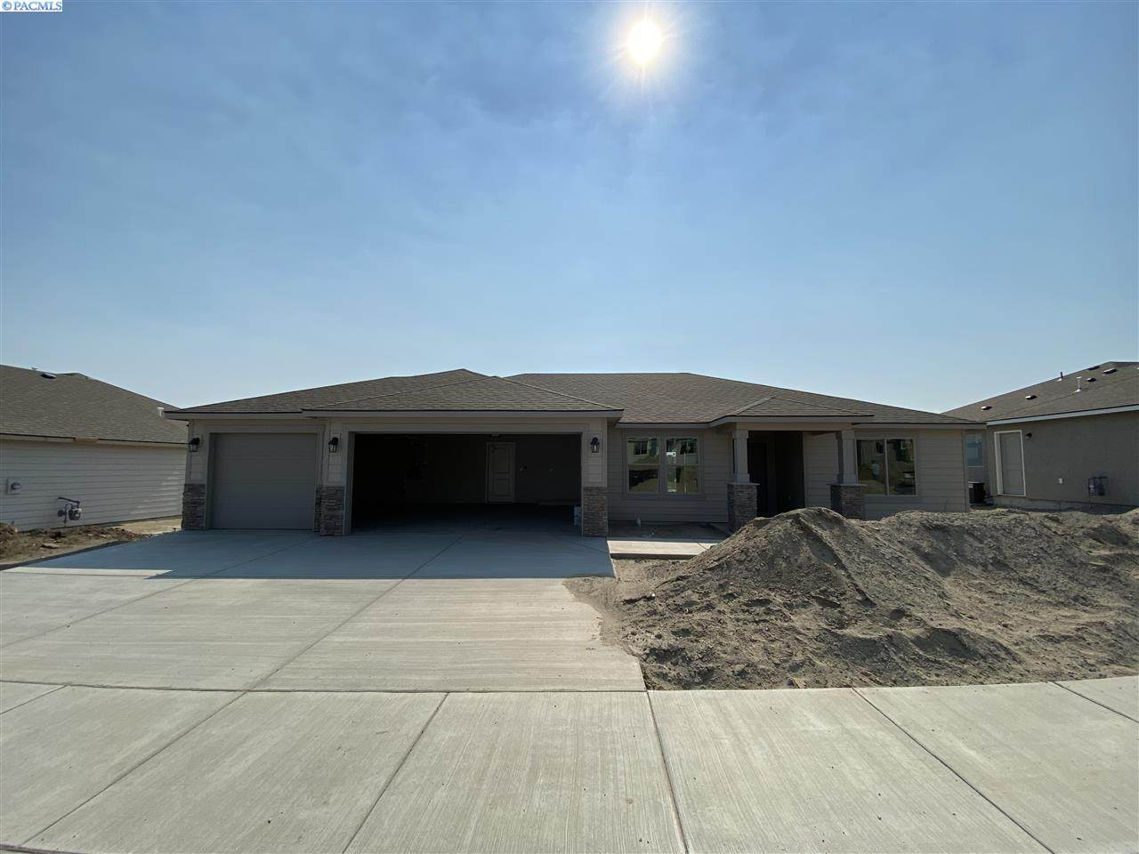 5551 32nd Ave - Photo 1