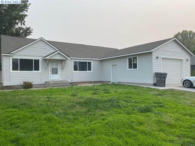 3817 W Hood Ave, Kennewick, WA 99336 (MLS #248776) :: Cramer Real Estate Group
