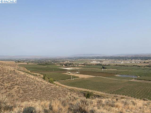 TBD N Mc Culloug Rd, Yakima, WA 98908 (MLS #249233) :: Results Realty Group