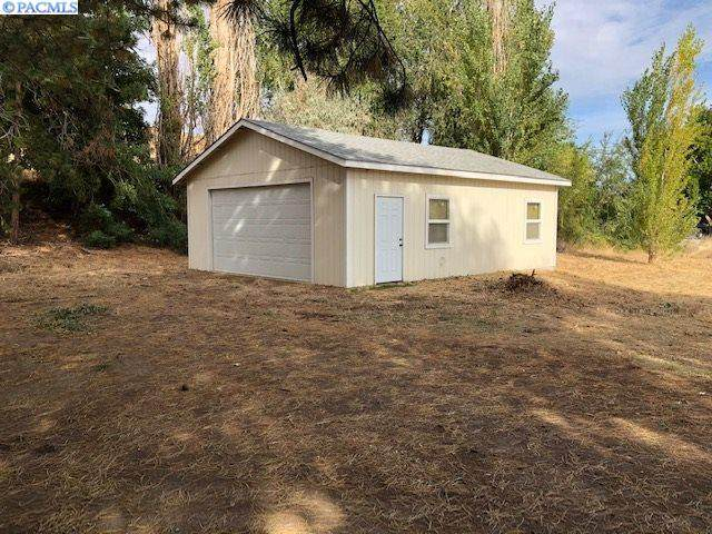 48328 N River Rd, Benton City, WA 99320 (MLS #249517) :: Matson Real Estate Co.