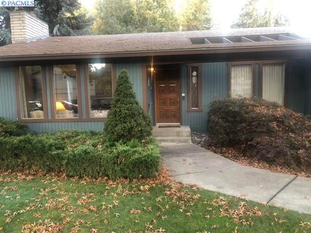 2051 Hoxie Ave., Richland, WA 99354 (MLS #249651) :: The Phipps Team