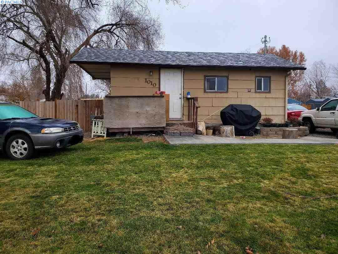 1010 Dale Ave - Photo 1