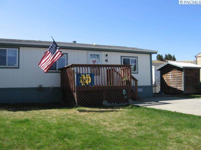 255 NW Golden Hills, Pullman, WA 99163 (MLS #253022) :: Results Realty Group