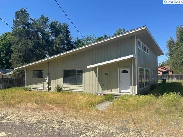 326 Harrison St., Walla Walla, WA 99362 (MLS #253836) :: Columbia Basin Home Group