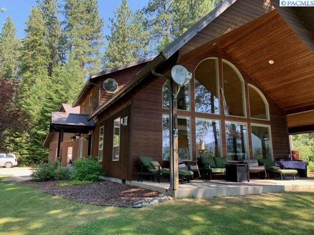 172 River Ranch Rd, Other, WA 99139 (MLS #254716) :: Story Real Estate