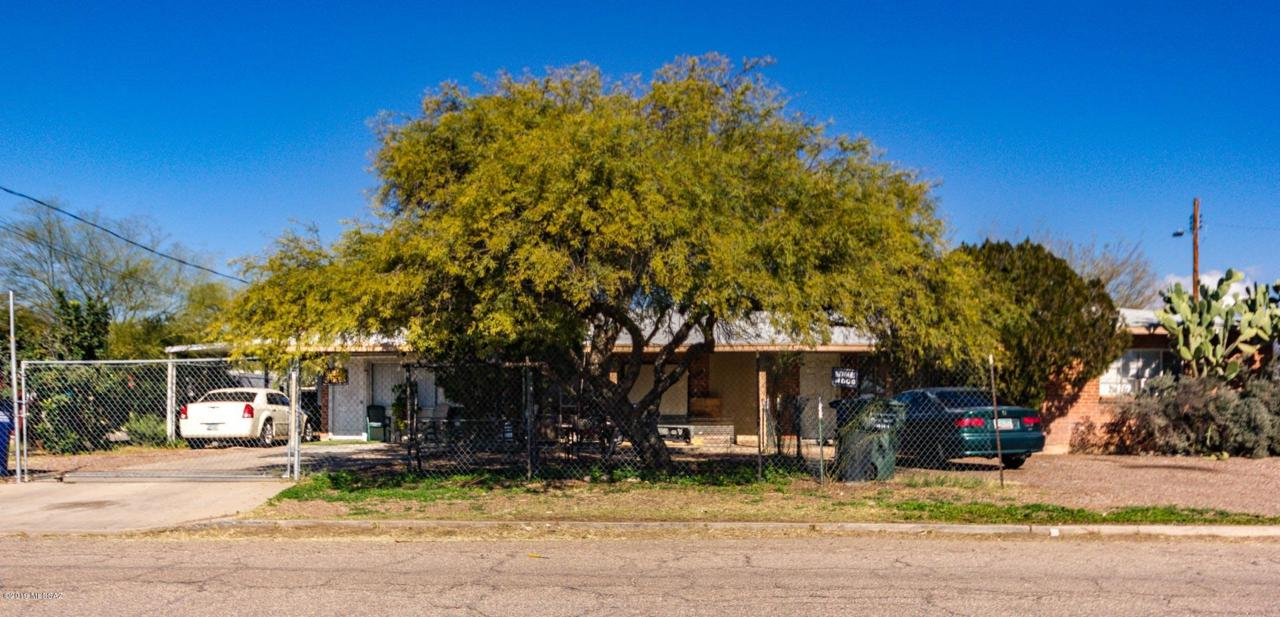 141 Mohave Road - Photo 1